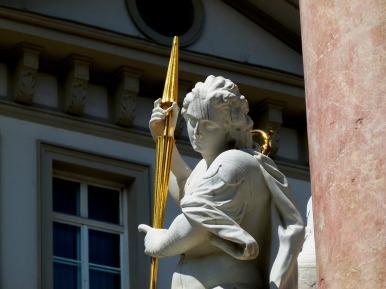 statue-1726239_1280